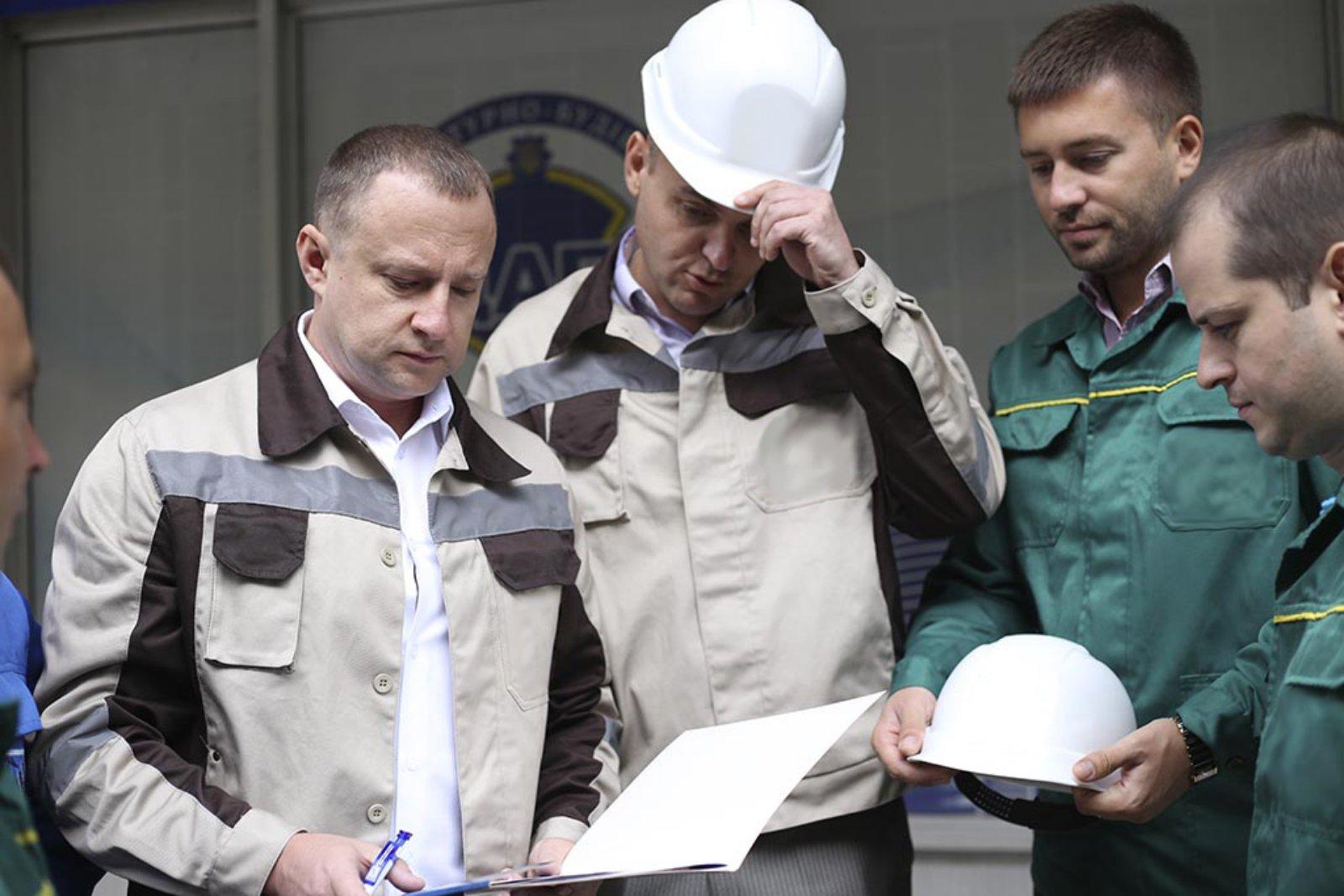 Специалисты по техобследованию зданий и сооружений